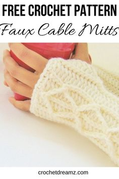 This fingerless gloves free crochet pattern with mock cables is a quick and easy make for any woman this winter. The cables made of chains used to design these finger less mittens are perfect for begi Crochet Fingerless Gloves Free Pattern, Crochet Mitts, Crochet Cable, Mittens Pattern, Fingerless Mittens, Crochet Scarves, Crochet Hand Warmers, Hand Crochet, Crochet Granny