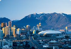 Vancouver Canadá - Pacote promocional para intercâmbio Vancouver, aproveite!  Localizada na costa oeste do Canadá, Vancouver fica entre as montanhas e o mar. | Vancouver (Canada)