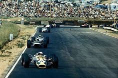 Kyalami, January 1968: Jim Clark leads the field in what would be his last Formula One race, the South African Grand Prix. He won, but was then killed in an F2 race at Hockenheim before the next round of the championship. © Sutton