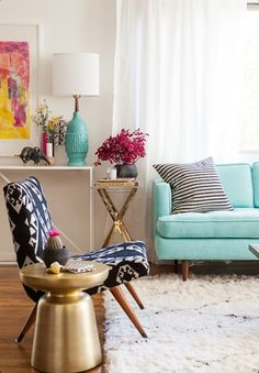 Living Room Design Ideas, Discover home design ideas, furniture, browse photos and plan projects at HG Design Ideas - connecting homeowners with the latest trends in home design & remodeling New Living Room, Home And Living, Living Spaces, Small Living, Living Area, Bright Living Room Decor, Eclectic Living Room, Decoration Inspiration, Interior Inspiration