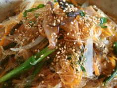 韓国仕込みの❀チャプチェの画像 Asian Recipes, Ethnic Recipes, Japanese Food, Japchae, Noodles, Food And Drink, Cooking Recipes, Chicken, Cookpad Recipe