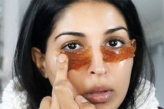 🐡Get rid of PUFFY EYES and DARK CIRCLES instantly!🐼 👀Ive seen these patches all over social media while people are doing their make up, so… Beauty Tips For Face, Beauty Hacks, Creme Anti Rides, Dark Circle Remedies, Mask For Oily Skin, Dark Circles Under Eyes, Potato For Dark Circles, Puffy Eyes, Dandruff