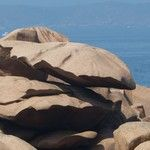 Les fameux rochers en équilibre de Perros-Guirec- trouver sur sebastiengayphoto.fr