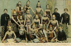 """""""Wajang Wong Soerakarta."""" 1895-1910"""