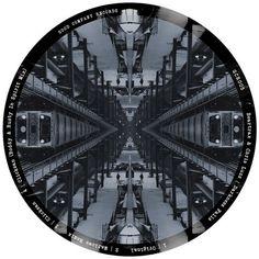 Chris Luzz, Beartrax - Darkness Falls - http://minimalistica.biz/chris-luzz-beartrax-darkness-falls/