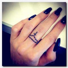 tattoo for women 30 Elegant Finger Tattoos for Women | Tattoo finger, Tatoo and
