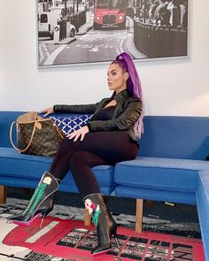 """✨ - AKA """" boots hurry take a photo of me where it looks like I'm being casual"""" 😭😂😭😂 Wrestling Superstars, Wrestling Divas, Natalie Eva Marie, Wwe Divas, How To Take Photos, Kylie Jenner, Hair Inspiration, Baby Strollers, Waiting"""