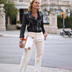 Black and white - Anine Bing leather jacket and white pants Business Attire, Business Fashion, Office Fashion, Work Fashion, Interview Style, Older Models, Work Chic, Lady, Casual Chic