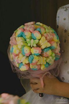 Buque delicia para daminhas #Wedding #Daminhas #Dress #Like #Love #Bouquet #Pajens #Casamento  Pensa em uma delicia de decoração ?! Hahaha e eu com a mamis linda que fizemos para o casamento da linda Aline Lima e Andre Lima ❤
