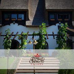 V týždni každý deò otvorená typická maïarská reštaurácia Sári Csárda s trstinovou strechou s domácimi chuami oèakáva svojich hostí! »»» SariCsarda.hu