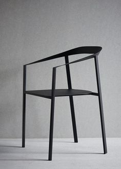 9 best | Wireframe chairs | Selected by La Chaise Bleue (lachaisebleue.com)