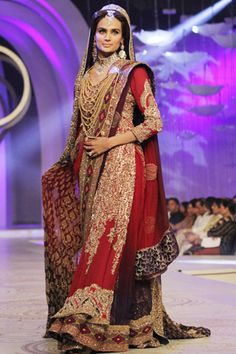 HSY 2013 Collection at Pantene Bridal Couture Week #pantenebridalcoutureweek2013 #bridalcouture http://www.fashioncentral.pk/pakistani/ramp/review-1071-hsy-collection-at-pantene-bridal-couture-week-2013-day-3/complete-collection/