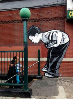 Après Swoon il ya quelques semaines, retour dans le coeur de Brooklyn avec ce mur de Joe Iurato dans le cadre du Bushwick Collective à New York City