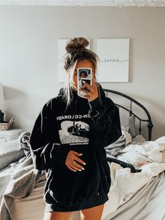 Cute Lazy Outfits, Trendy Summer Outfits, Simple Outfits, Stylish Outfits, Comfy School Outfits, Teen Fashion Outfits, Retro Outfits, Look Fashion, Girl Outfits