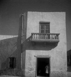Rene Zuber (1902-1979), Crete 1935. Crete, French Photographers, Photography, Painting, Memories, Home Decor, Stone, Memoirs, Photograph