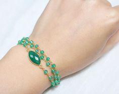 Bracelet multitours onyx vert et or