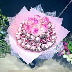 Cloud of pink chocolate  .   Order online for 10-3:30pm delivery Adelaide wide  shop via link in bio  top of our profile  . FREE pickup is available every day from our new shop 111 Glen Osmond Rd Eastwood (map link in bio) .  Go to our stories for more WoW designs and behind the scene glimpse your orders ready for deliveries and happy receivers   .  Make sure you follow @LunchBunch.adelaide dont miss our awesome giveaways  . . . #ediblegift #EdibleGift #MadeToOrder #TheBestKindOfGift… Edible Bouquets, Pink Chocolate, Luxury Flowers, Edible Arrangements, Edible Gifts, New Shop, Berries, Clouds, Giveaways