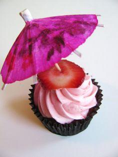 Strawberry Daiquiri cupcake. So pretty in pink.