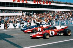 Start of 1971 French GP: Jacky Ickx and Clay Regazzoni in the two Ferraris, Jackie Stewart in the Tyrrell (via RacerMag)