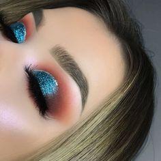 Huda beauty desert dusk eyeshadow palette #hudabeauty #makeup #ad