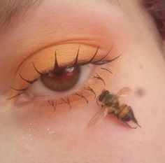 Whenever you do eye makeup, make your eyes look brighter. Your eye make-up ought to make your eyes stick out amongst the other functions of your face. Aesthetic Eyes, Orange Aesthetic, Aesthetic Makeup, Aesthetic Drawing, Aesthetic Art, Apollo Aesthetic, Aesthetic Colors, Aesthetic Videos, Aesthetic Grunge