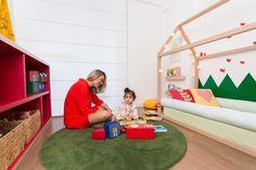 Apartamento alugado e quartinho rescolvido rapidamente, com a arquiteta CRIS PASSOS. Com direito a cama-casinha, adesivo de grama e enxoval MINI MÓBILE! Baby Room, Toddler Bed, Nursery, Bedroom, Kids, Furniture, Home Decor, Nursery Decor, Babies Rooms
