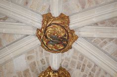Exeter transept roof boss