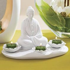 meditation telight holder - So nice. Not in the Swedish catalog. Buddha, Winter Springs, Tea Light Holder, Tea Lights, Diy Crafts, Candles, Statue, Partylite, Catalog