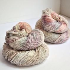 Skein Artisan Hand-Dyed Yarn and Fibre