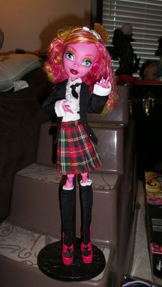 Jupiter's Closet: Monster High Gooliope Jellington - What fits?