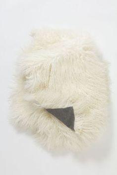 { Luxe Fur Throw }