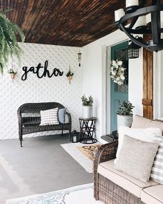 The best Etsy home decor shops to find modern farmhouse signs, laser cut words, . The best Etsy home decor shops to find modern farmhouse signs, laser cut words, and beautiful handmade pillows and throws. Diy Home Decor For Apartments, Home Decor Shops, Cute Dorm Rooms, Cool Rooms, Lattice Wall, Decoration Entree, Sweet Home, Handmade Home Decor, Handmade Pillows