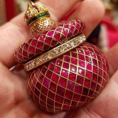 Gold Jewellery Design, Bead Jewellery, Jewelry Art, Antique Jewelry, Gold Jewelry, Fashion Jewelry, Indian Wedding Jewelry, Indian Jewelry, Bridal Jewelry