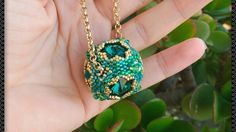 * con la mia voce in sottofondo - Rivoli's Bead Bead Earrings, Beaded Necklace, Beaded Bracelets, Jewelry Making Tutorials, Beading Tutorials, Beaded Jewelry Patterns, Beads And Wire, Artisan Jewelry, Pendant Jewelry