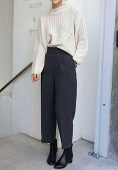 Death by elocution Simple Outfits, Trendy Outfits, Fashion Outfits, Death By Elocution, Mode Style, Style Me, Fall Inspiration, Beige Outfit, Style Minimaliste