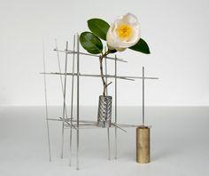 ikebana :2013/03/18:camellia japonica