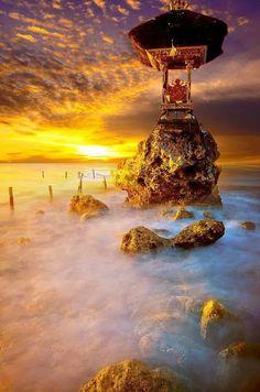 Oyuncakci Adam - Google  Ocean Temple, Nusa Penida Island, Bali