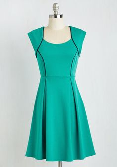 Talking 'Bout My Delegation Dress. Celebrate the triumph of teamwork after placing first at the model diplomacy competition in this jade green dress! #green #modcloth
