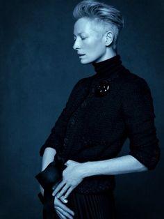 David Bowie , Karl Lagerfeld, Chanel ? Only La Tilda! #TildaSwinton