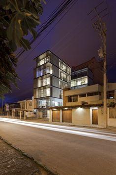 Edificio 03 98,© Sebastián Crespo