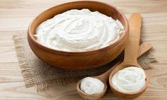 "The Turkish ""yoğurt"" may be pronounced differently (Yo-ert), but the taste is the healthy and flavorful food you know as ""yoghurt! Kefir, Cheese Face, Yogurt Benefits, Cream Cheese Spreads, Group Meals, Raw Food Recipes, Program Diet, Peanut Butter, Greek Yogurt"