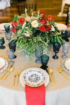 Red and blue #Italian_wedding inspired reception #tablescape