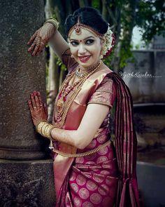 Simple And Trending Silk Saree Front and Back Blouse Designs - Buy lehenga choli online Kerala Wedding Saree, Bridal Sarees South Indian, Kerala Bride, Indian Bridal Outfits, Indian Bridal Fashion, Indian Bridal Wear, South Indian Bride, Wedding Sarees, Blouse Back Neck Designs