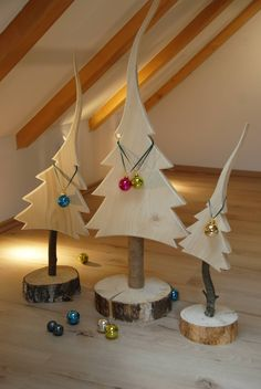 Natural fir tree made of solid wood: modern from tree elements, modern - DIY Hol. - Natural fir tree made of solid wood: modern from tree elements, modern – DIY Holz / Wood – Wood - Christmas Wood Crafts, Pallet Christmas, Wooden Christmas Trees, Wooden Tree, Christmas Art, Christmas Projects, Holiday Crafts, Christmas Decorations, Christmas Ornaments