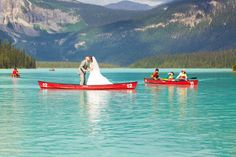 Balancing in heels on a canoe, this bride almost fell overboard (image nc-photography.ca via @luxemtweddings.com)