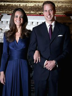 """Welcome to the Kate and William lens. Catherine Elizabeth """"Kate"""" Middleton and Prince William were married on the of April 2011 to become the new Royal couple. Here you will find fantastic merchandise from The Kate Middleton Engagement Ring. William Kate, Kate Middleton Prince William, Prince William And Catherine, Duchess Kate, Duke And Duchess, Duchess Of Cambridge, Estilo Real, Princess Kate, Lady Diana"""