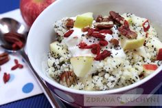 JÁHLY S MÁKEM A JABLKY Acai Bowl, Potato Salad, Oatmeal, Food And Drink, Potatoes, Gluten Free, Healthy Recipes, Breakfast, Ethnic Recipes