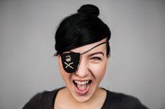 rawwwr #portrait #pirate #girl #face #skull