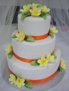 cupcake heaven and cafe ・ wedding cakes Beautiful Birthday Cakes, Gorgeous Cakes, Amazing Cakes, Bolo Floral, Floral Cake, Hawaii Wedding Cake, Wedding Cakes, Cupcakes, Cupcake Cakes