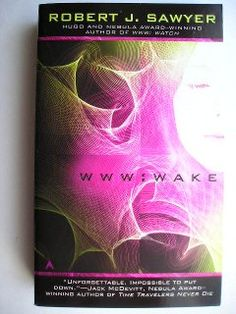 """Il romanzo """"WWW 1: risveglio"""" (""""WWW: Wake"""") di Robert J. Sawyer è stato pubblicato per la prima volta sulla rivista """"Analog"""" tra il novembre 2008 e il marzo 2009 e come libro nel 2009. In Italia è stato pubblicato da Mondadori nel n. 1571 della collana """"Urania"""" nel giugno 2011. È il primo volume della trilogia WWW ed è stato finalista al Premio Hugo nel 2010. Copertina: immagine della ragazza di Steven Biver/Getty, effetti luminosi di John Lund/Getty per un'edizione americana."""